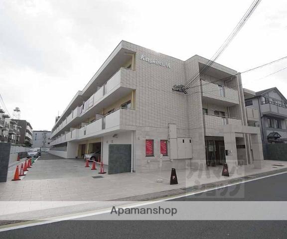 京都府京都市西京区、桂駅徒歩16分の築21年 3階建の賃貸マンション