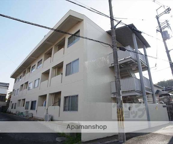 京都府京都市西京区、桂駅徒歩17分の築44年 3階建の賃貸マンション
