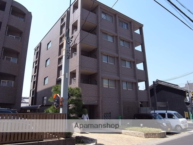 京都府京都市右京区、太秦駅徒歩8分の築5年 5階建の賃貸マンション