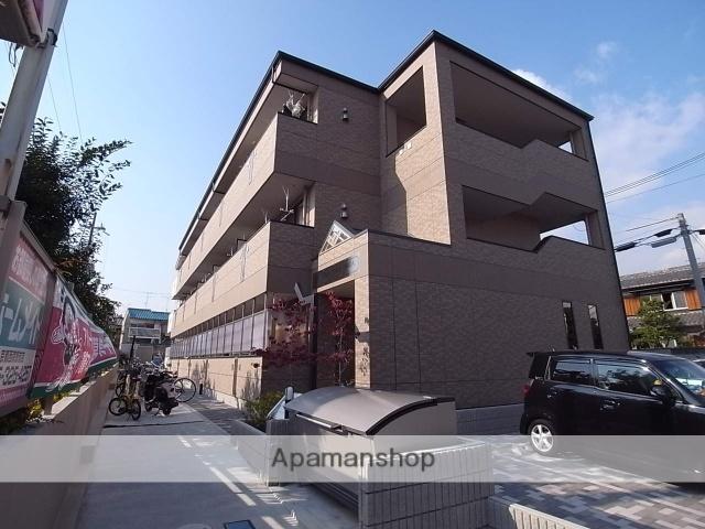 京都府京都市右京区、太秦駅徒歩14分の築3年 3階建の賃貸マンション