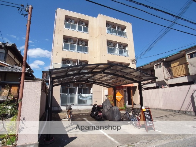 京都府京都市右京区、花園駅徒歩15分の築21年 4階建の賃貸マンション