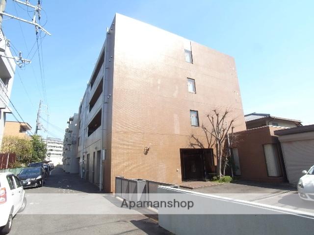 京都府京都市右京区、花園駅徒歩22分の築32年 4階建の賃貸マンション