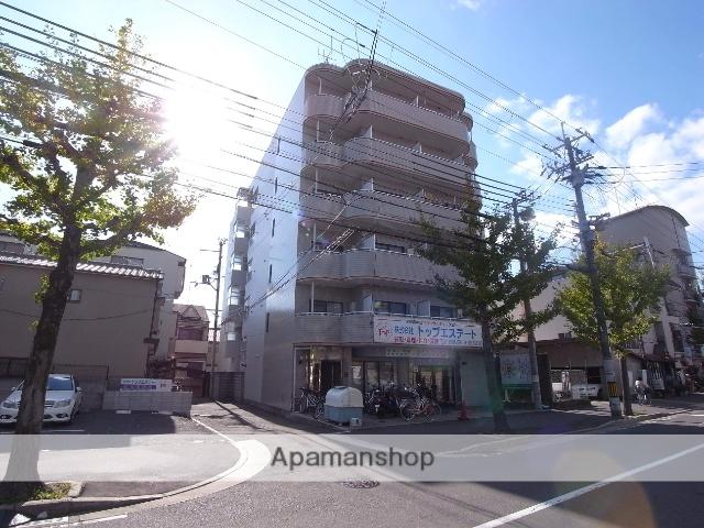 京都府京都市右京区、花園駅徒歩15分の築27年 6階建の賃貸マンション