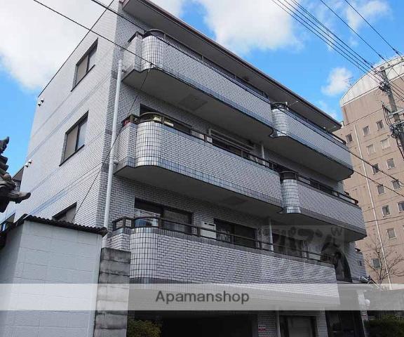 京都府京都市下京区、京都駅徒歩18分の築27年 4階建の賃貸マンション