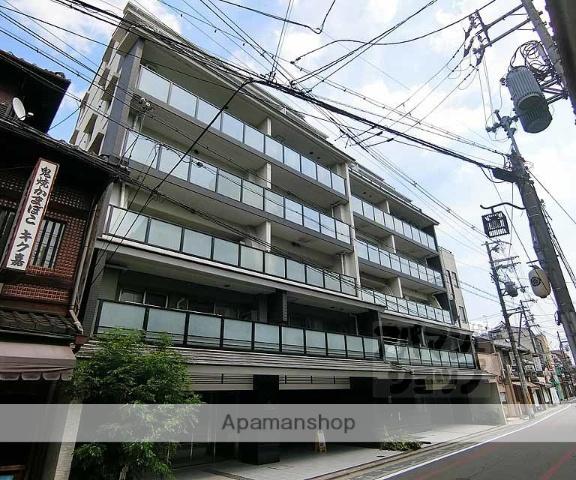 京都府京都市東山区、三条駅徒歩1分の築9年 7階建の賃貸マンション
