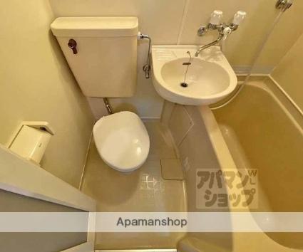 ラメゾンドソレイユ[1R/15.19m2]のトイレ