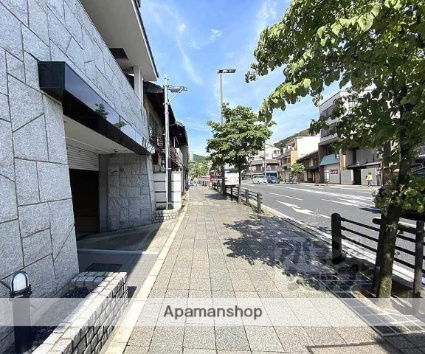 プレサンス京都神宮道[1K/21.9m2]の周辺1