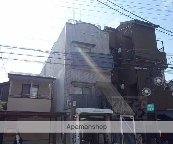 京都府京都市東山区、京都駅徒歩27分の築28年 3階建の賃貸マンション