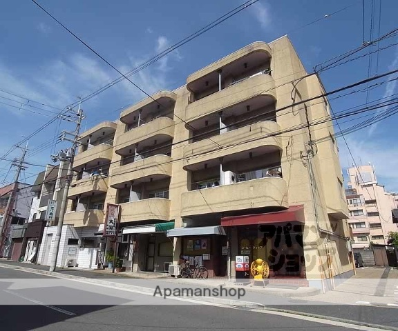 京都府京都市中京区、円町駅徒歩10分の築39年 4階建の賃貸マンション