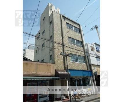 京都府京都市上京区、出町柳駅徒歩10分の築46年 4階建の賃貸マンション