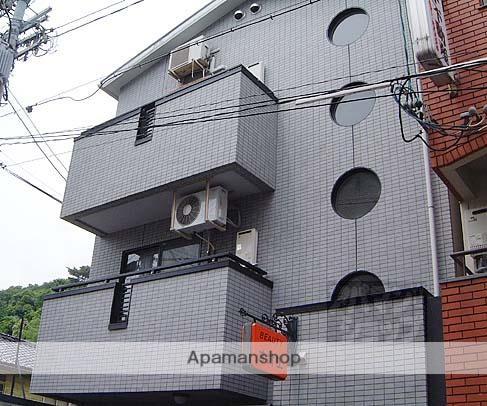 京都府京都市左京区、出町柳駅徒歩20分の築23年 3階建の賃貸マンション