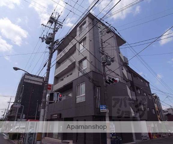 京都府京都市中京区、円町駅徒歩4分の築7年 5階建の賃貸マンション