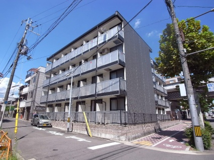 レオパレス西ノ京円町[1K/19.87m2]の外観1