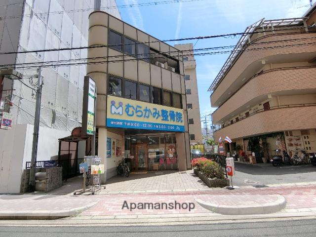 京都府京田辺市、同志社前駅徒歩25分の築25年 3階建の賃貸マンション