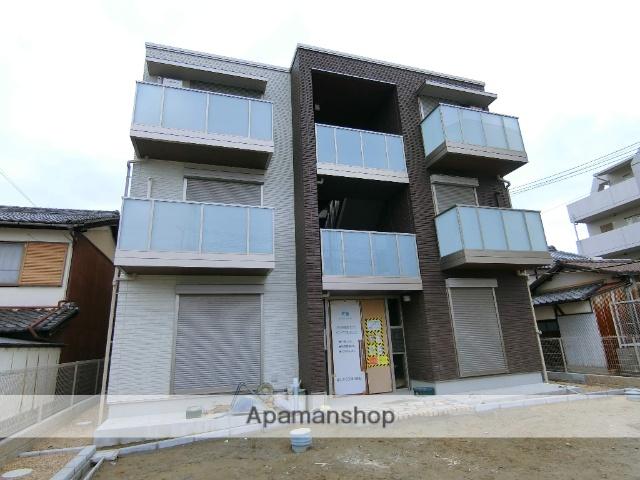 京都府京田辺市、JR三山木駅徒歩6分の築3年 3階建の賃貸マンション