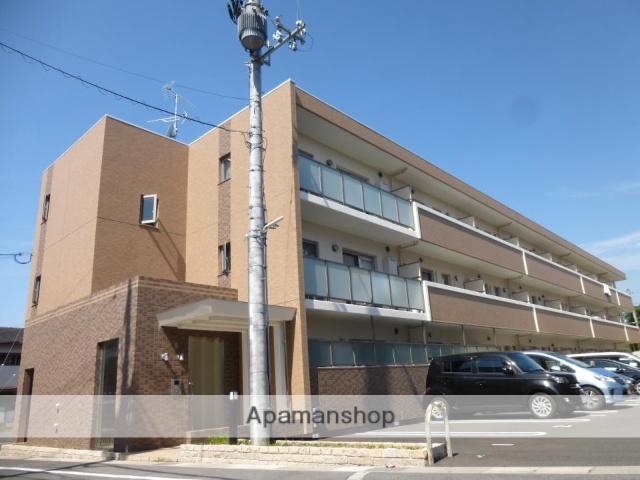 京都府木津川市、木津駅徒歩5分の築4年 3階建の賃貸マンション