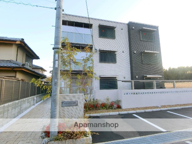 京都府京田辺市、JR三山木駅徒歩19分の新築 3階建の賃貸マンション