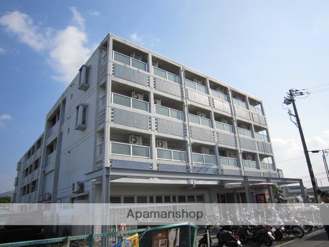 京都府京田辺市、京田辺駅徒歩18分の築28年 5階建の賃貸マンション