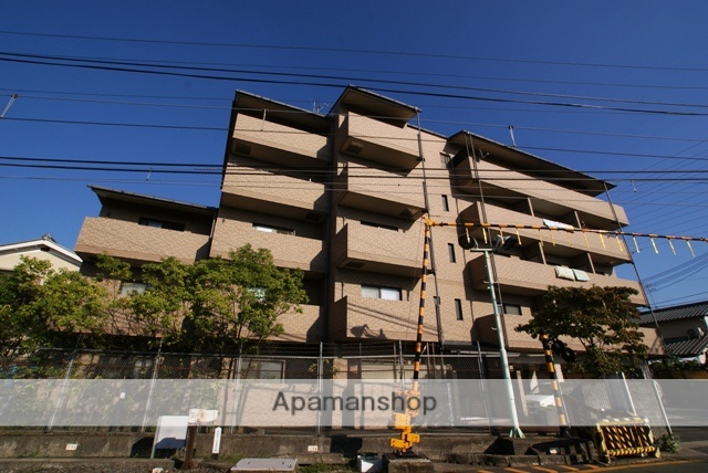 京都府宇治市、宇治駅徒歩16分の築18年 5階建の賃貸マンション