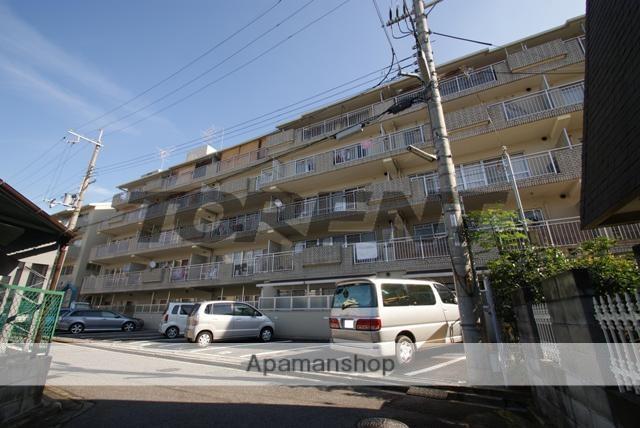 京都府宇治市、木幡駅徒歩5分の築27年 5階建の賃貸マンション