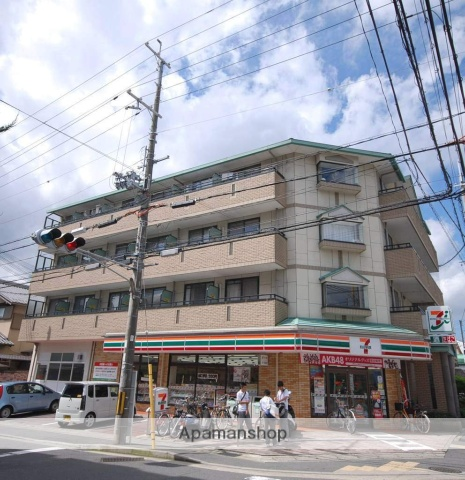 京都府京都市北区、二軒茶屋駅徒歩34分の築17年 4階建の賃貸マンション