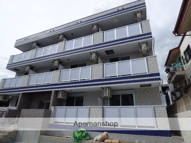 大阪府豊中市、曽根駅徒歩17分の築1年 3階建の賃貸マンション