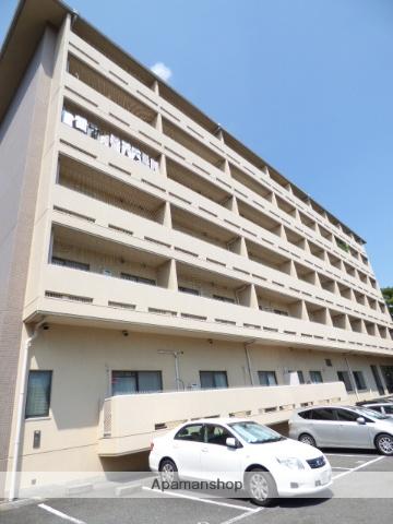 大阪府吹田市、北千里駅徒歩17分の築32年 6階建の賃貸マンション