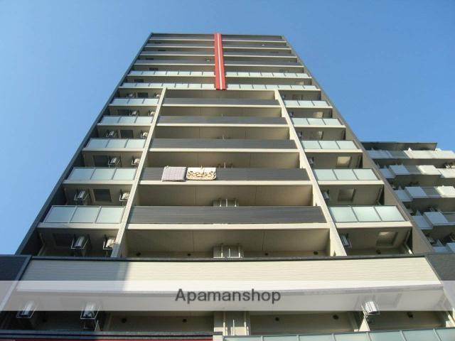 大阪府大阪市北区、梅田駅徒歩7分の築4年 15階建の賃貸マンション