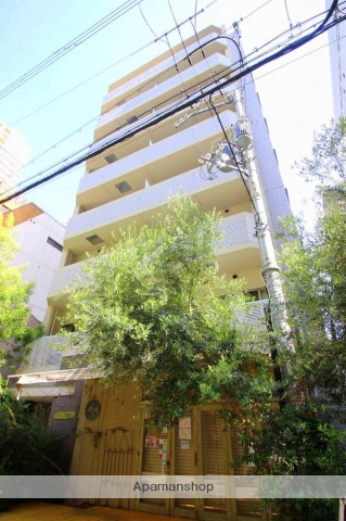 大阪府大阪市西区、心斎橋駅徒歩5分の築3年 8階建の賃貸マンション
