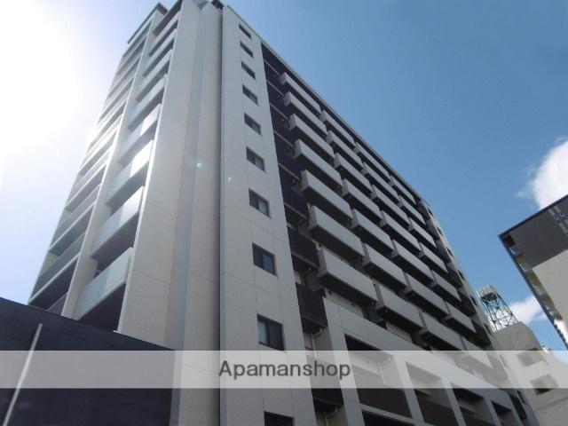 大阪府大阪市北区、梅田駅徒歩3分の築6年 13階建の賃貸マンション