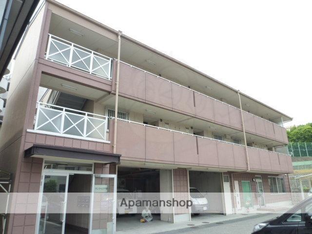 大阪府吹田市、山田駅徒歩13分の築24年 3階建の賃貸マンション