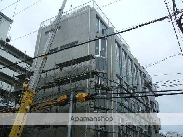 大阪府大阪市北区、天満駅徒歩14分の築8年 5階建の賃貸マンション