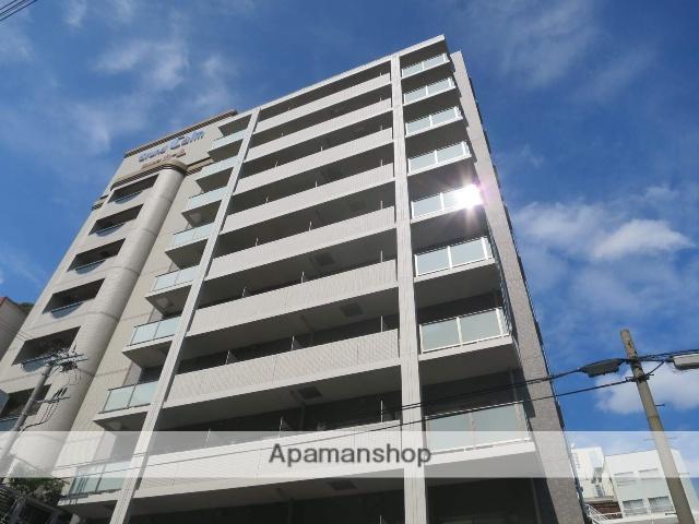 大阪府大阪市北区、梅田駅徒歩4分の築2年 10階建の賃貸マンション