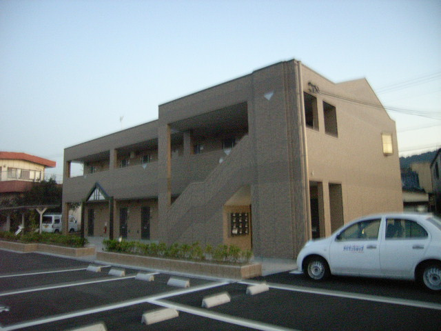 和歌山県和歌山市、田井ノ瀬駅徒歩16分の築8年 2階建の賃貸アパート
