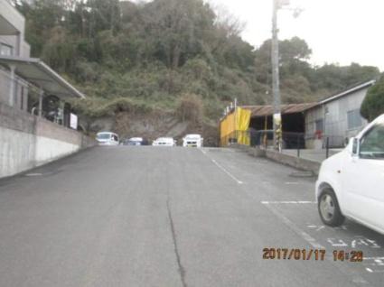 フォーレストガーデン[2LDK/51.66m2]の駐車場