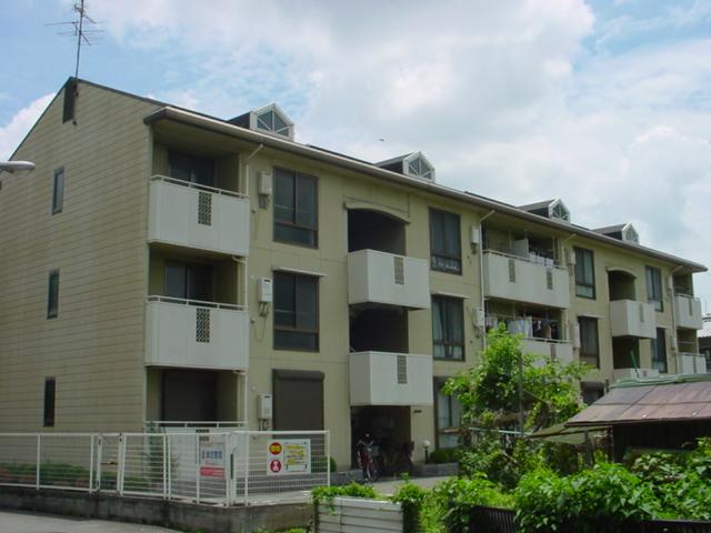 大阪府大阪市鶴見区、鴻池新田駅徒歩20分の築27年 3階建の賃貸マンション