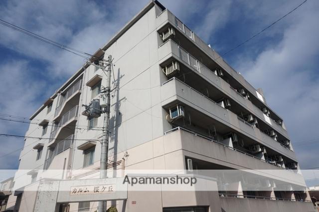 大阪府高槻市、摂津富田駅徒歩10分の築20年 5階建の賃貸マンション