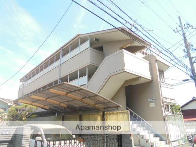 大阪府高槻市、摂津富田駅徒歩14分の築30年 3階建の賃貸マンション