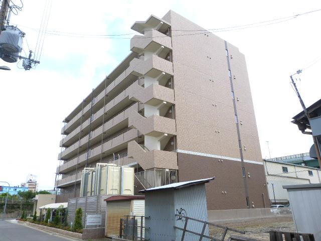 大阪府東大阪市、徳庵駅徒歩20分の築1年 7階建の賃貸マンション
