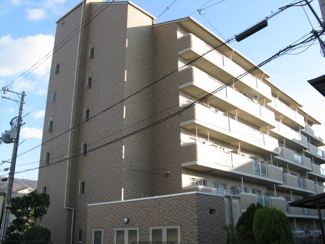 大阪府東大阪市、住道駅徒歩34分の築19年 6階建の賃貸マンション