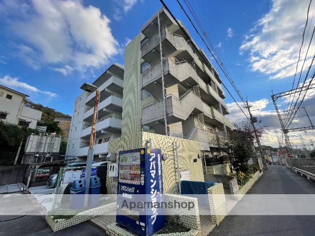 大阪府東大阪市、枚岡駅徒歩7分の築18年 5階建の賃貸マンション