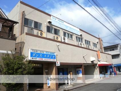 大阪府八尾市、近鉄八尾駅徒歩20分の築45年 3階建の賃貸マンション