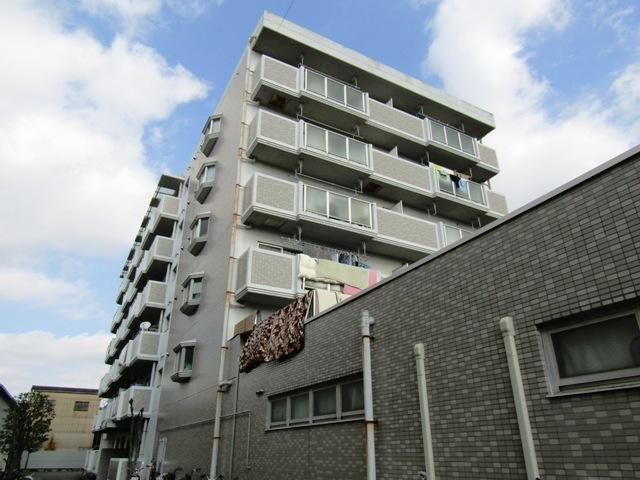 大阪府東大阪市、枚岡駅徒歩9分の築26年 6階建の賃貸マンション