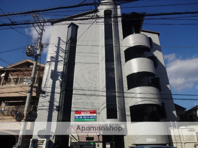 大阪府東大阪市、長瀬駅徒歩15分の築33年 5階建の賃貸マンション