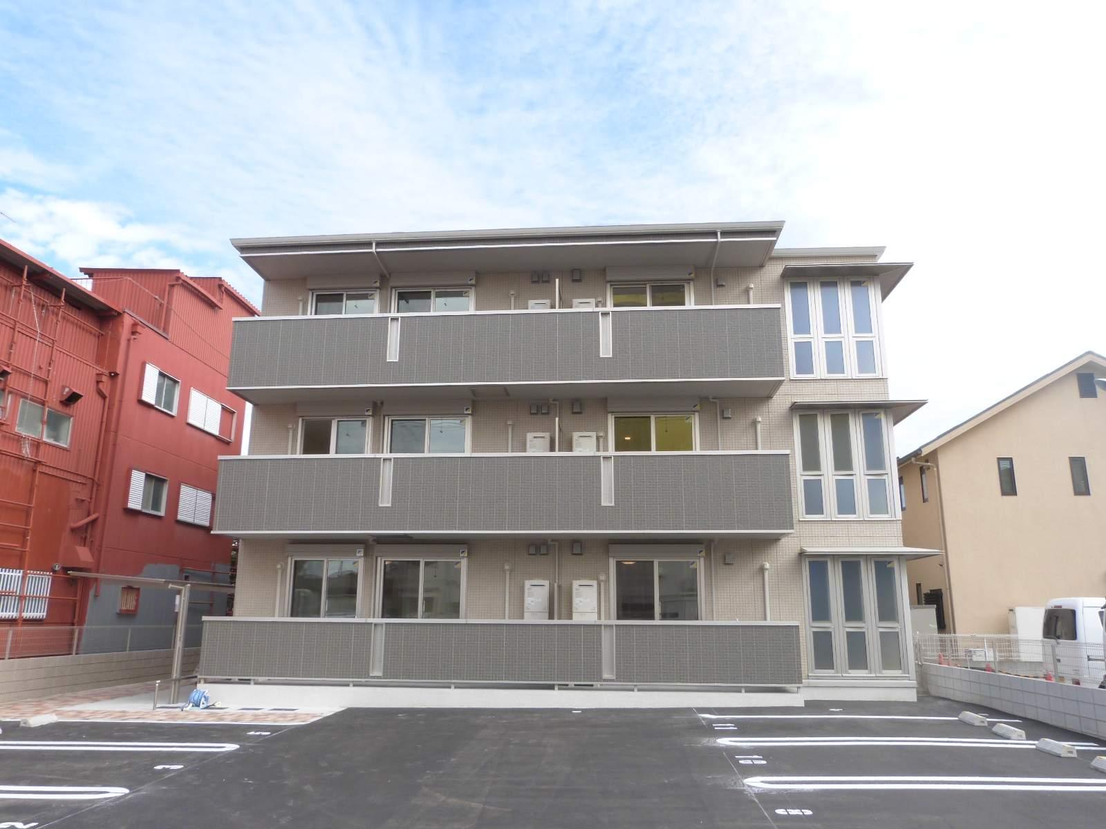 大阪府東大阪市、高井田中央駅徒歩9分の新築 3階建の賃貸アパート