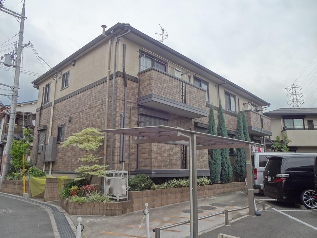 大阪府枚方市、藤阪駅徒歩20分の築6年 2階建の賃貸アパート