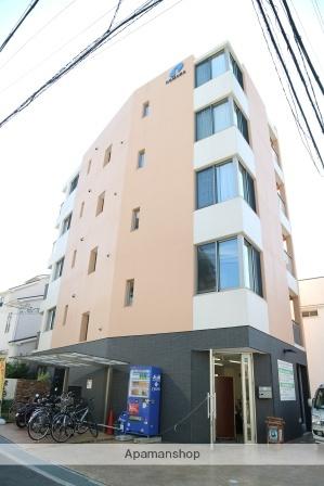 大阪府交野市、星田駅徒歩1分の築3年 5階建の賃貸マンション