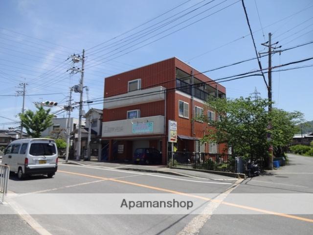大阪府交野市、津田駅徒歩7分の築18年 3階建の賃貸マンション