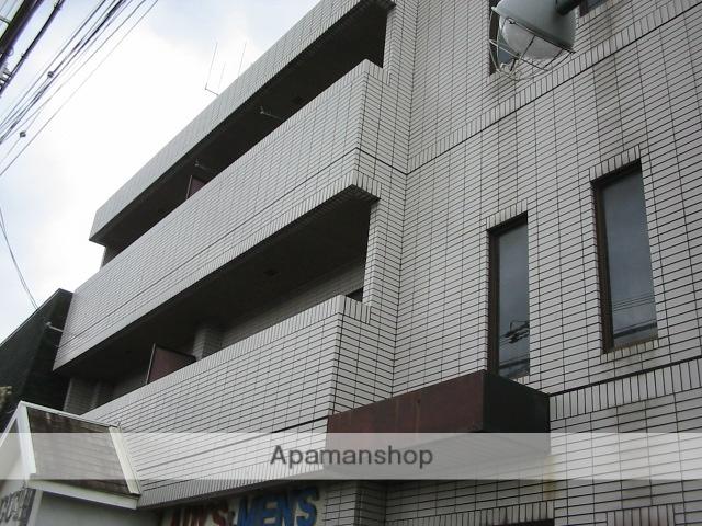 大阪府枚方市、枚方市駅徒歩21分の築3年 3階建の賃貸マンション