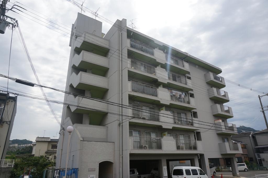 大阪府四條畷市、東寝屋川駅徒歩23分の築36年 6階建の賃貸マンション